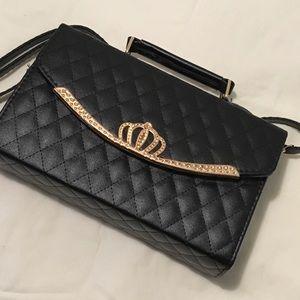 Handbags - Black quilted leather handbag